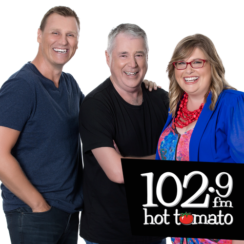 Special Guests - Galey, Mal and Moyra on 1029 Hot Tomato